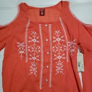 GIRLS SIZE 16 CORAL EMBROIDERY DETAIL